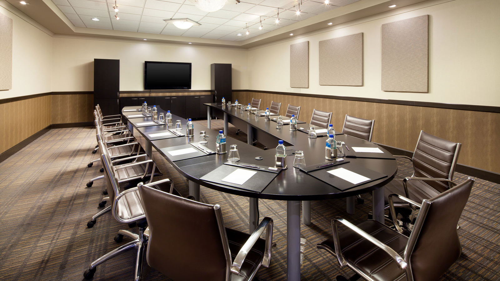 Sheraton Grand Sacramento Hotel | Williams Boardroom