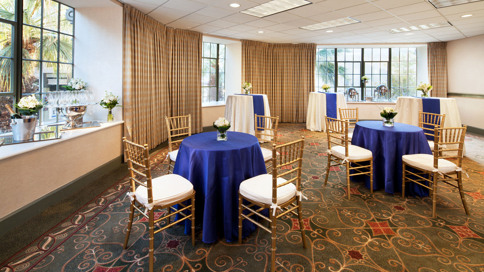 Sheraton Grand Sacramento Hotel | Falor Room